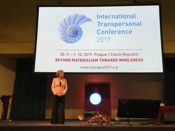 Conferencia de Ho´oponopono en la Conferencia Internacional Transpersonal, Praga