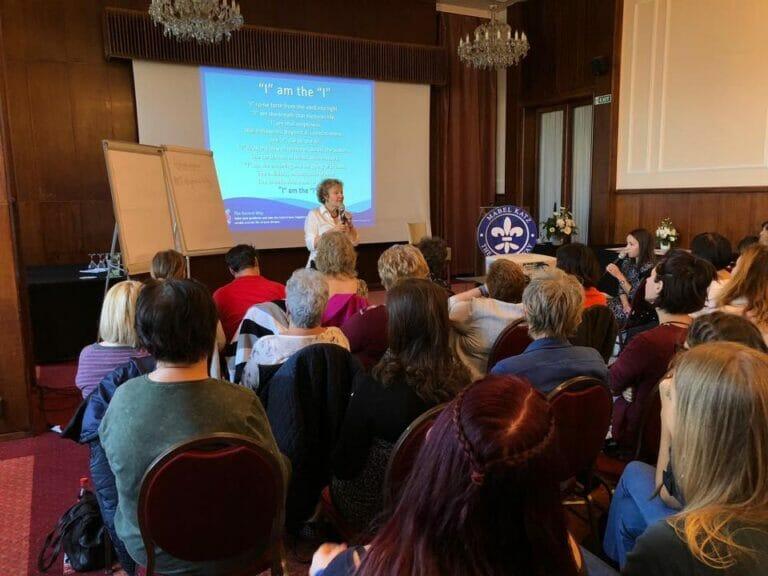 Seminario de Ho´oponopono, Budapest- Hungría